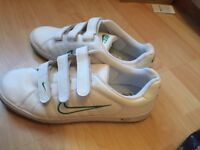 Men's Nike trainers size 8