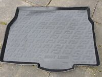 USED BOOT LINER TO FIT A VAUXHALL ASTRA H MK5