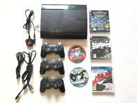 PS3 500gb Slim Gloss Black - 3 Controllers - 5 Games (includes 40 in 1 Sega Megadrive game)