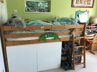 Childs bed FREE