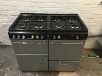 Double gas range cooker/oven and hobs