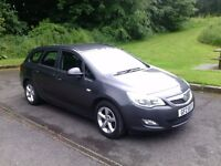 2011(August) Vauxhall Astra Exclusiv 1.7cdti ecoflex ESTATE car. Great driver in very nice condition