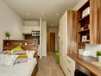 STUDENT ROOMS TO RENT IN LONDON. STUDIO WITH STORAGE SPACE, STUDY SPACE AND WARDROBE