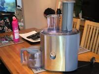 Braun juicer J700 - excellent condition - used once