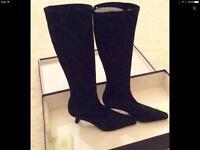 Stuart Weitzman pull on stretch Lo line black suede boots sz uk 5 Was £325 worn once original box