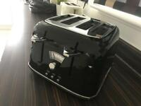 DeLonghi 4 slice toaster