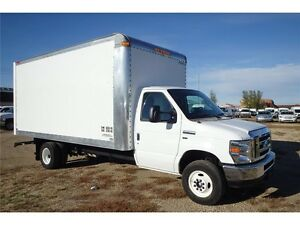 2016 Ford E-450 Super Duty 16 ft Cube Van, 15,072 KMs, 5.4L V8 Edmonton Edmonton Area image 4