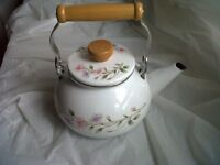 4SALE,1 UNUSED PATTERNED STOVE KETTLE,ONLY £5