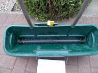 EVERGREEN EASY SPREADER IN VERY GOOD CONDITION.
