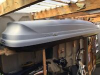 Large Thule roof box in excellent condition