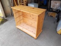 Pine chest of drawers carcass