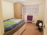 £600 pcm - Double Room in Clean House (Canning Town)