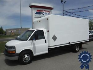 2011 Chevrolet Express 16ft Cube Van - 73,418 KM - UniCell Body