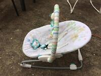 Baby bouncer / baby chair
