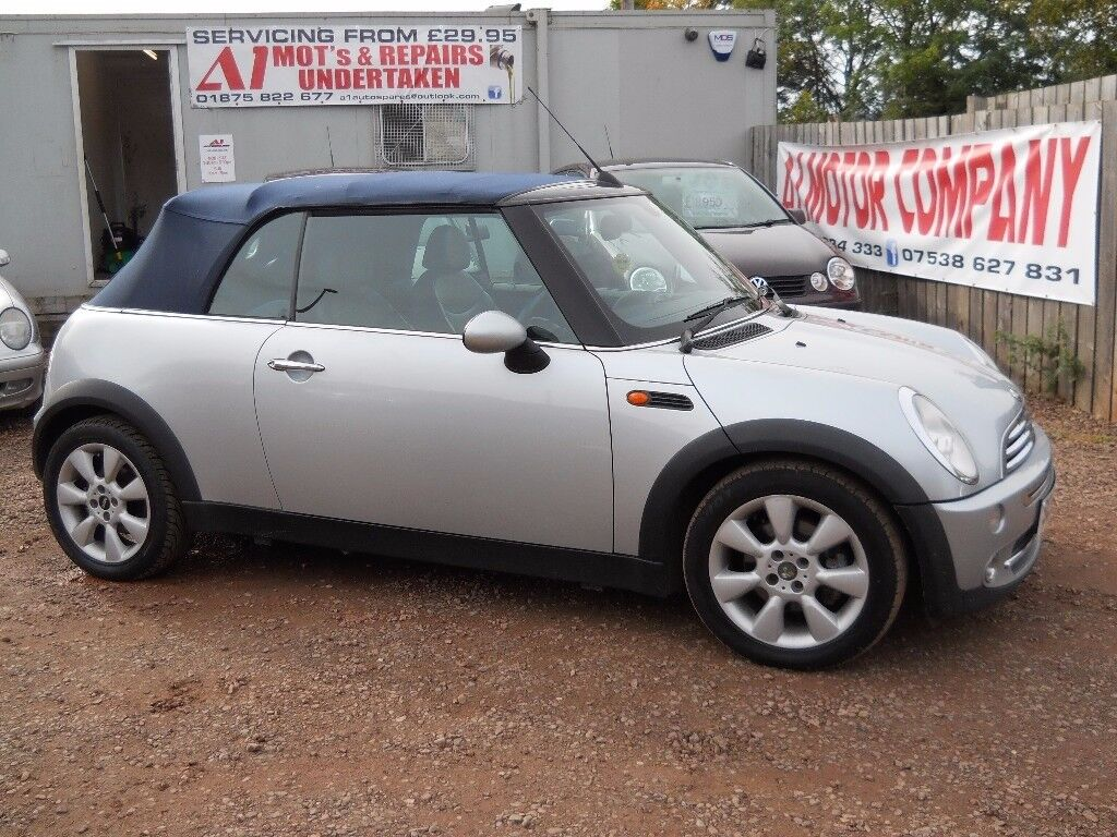 MINI COOPER 2004 54 CONVERTIBLE 1.6 LTR PETROL 1 YEAR MOT WARRANTIED EXCELLENT CONDITION!!!