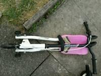 Medium sized flicker scooter