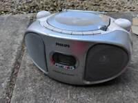 Philips portable CD player / Radio