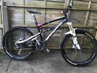 Lapierre Zesty 914 Full Suspension Mountain Bike