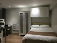 self-contained studio flat let @E10 7DY all bills inclusive zone 3 leyton/lea bridge available now