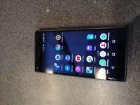 Used Z5 Compact Sony Ericsson Smartphone 32 GB storage, 4.6 inch screen. 2 GB ram