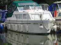 Boat - Viking 26 Wide Beam Cabin Cruiser