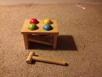 Wooden hammering balls toy