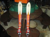 Skis to suit Junior/beginner Rossignol Bandit 140cm with Solomon S608 bindings