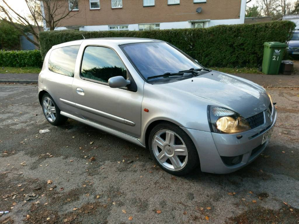 renault clio sport 172 2002 silver in high wycombe buckinghamshire gumtree. Black Bedroom Furniture Sets. Home Design Ideas
