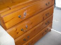 OLD-PINE 4-DRAWER CHEST OF DRAWERS