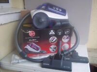 USED HOOVER RUSH 850W BAGLESS CYLINDER VACUUM CLEANER, INCLUDES ACCESSORIES, FULLY CLEANED