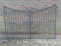 SOLID HEAVY WROUGHT IRON GATES WACH GATE 128 CM WIDE X 171 CM HIGH