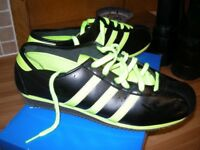 ADIDAS COUNTRY 73 TRAINERS SHOES BNIB SIZE (SMALL) 9 KICK ROM SAMBA 8, 8.5