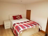 Large ensuite Bedrooms In Large House