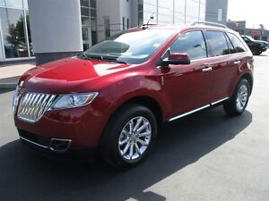 2013 Lincoln MKX (Heated/Cooled Leather Seats)