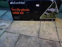 Eurohike family picknick table set