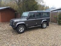 2004-04-reg Land Rover defender 110 XS model td5 station wagon air-conditioning