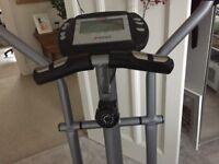 York Fitness X500 Crosstrainer