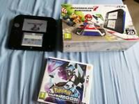 Nintendo 2DS + Pokemon Ultramoon and Mario Kart