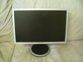 SAMSUNG 19 inch WIDE SCREEN MONITOR WITH STAND GOOD WORKING ORDÉR