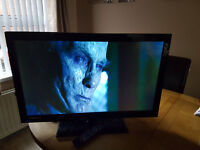 "Technika 32""LED TV"