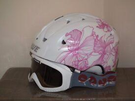 Ladies ski helmet and Cebe goggles