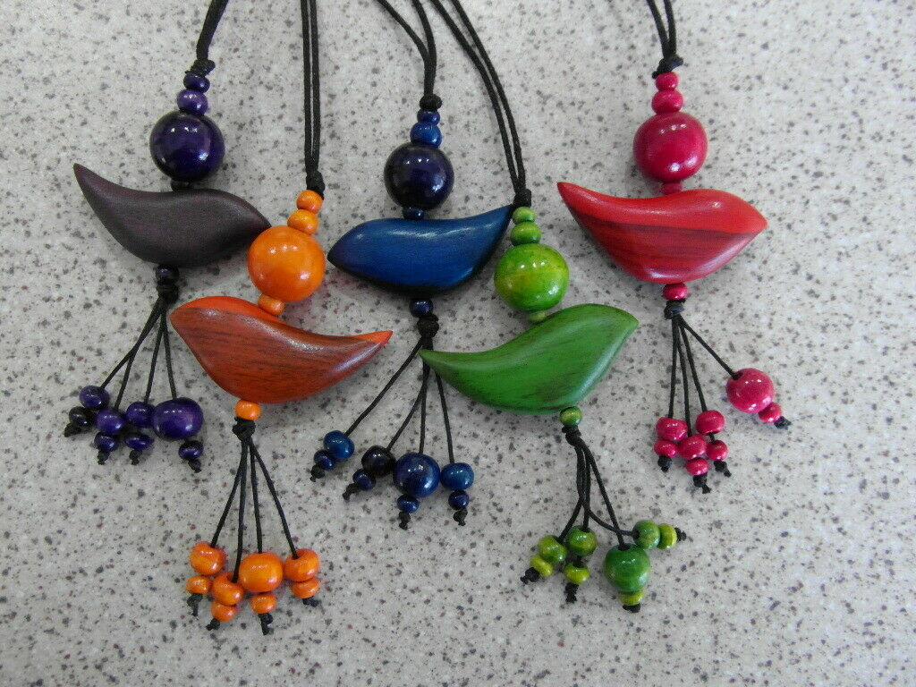 Jewellery - Balinese wooden bird and beads pendant necklace - choose colour