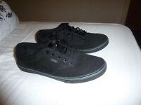 Woman's black Vans size 4 New shoes