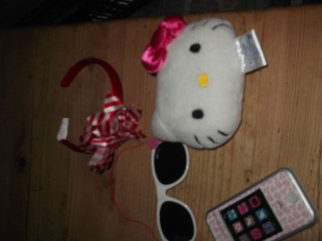 BUILD A BEAR ACCESSORIES HEAND BAND, SUNGLASSES, MOBILE PHONE AND PILLOW