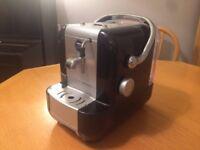 Lavazza A Modo Mio Extra capsule espresso coffee machine with steam wand