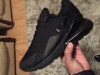 Nike 270 trainers size 9 black air max vapormax tn
