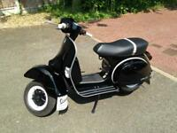 Vespa px 2017 One of last made ONLY 400 MILES from new
