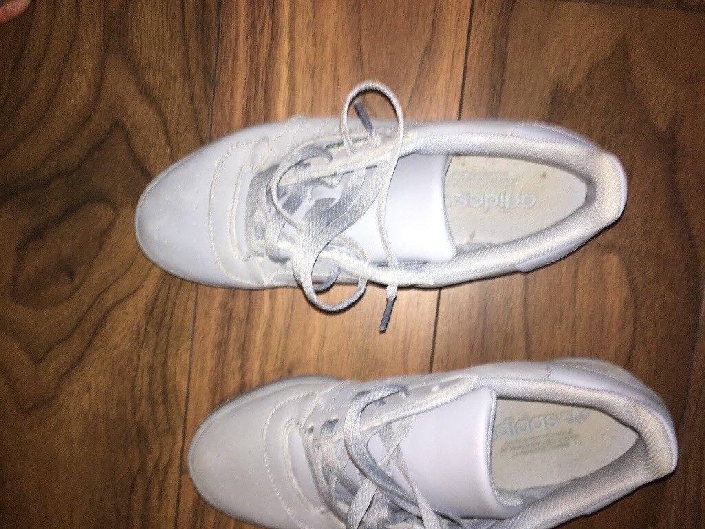 Adidas yeezy calabasas size 7.5 Grey