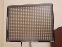 Amaran AL-H528C Bi-Color LED Video Light Panel + Softbox