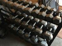 Cast iron dumbbells and rack, form 7.5-30kg